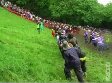 Gloucestershire Cheese Rolling 2008