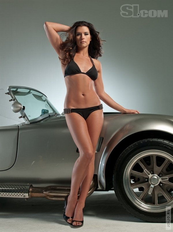 Danica Patrick Sports Illustrated 2009 Swimsuit Edition