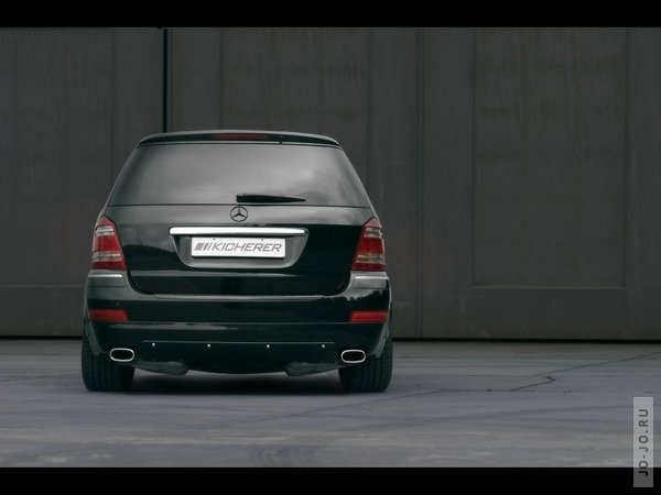 JE design Porsche Cayenne progressor VS Kicherer Mercedes-Benz GL 42 black line