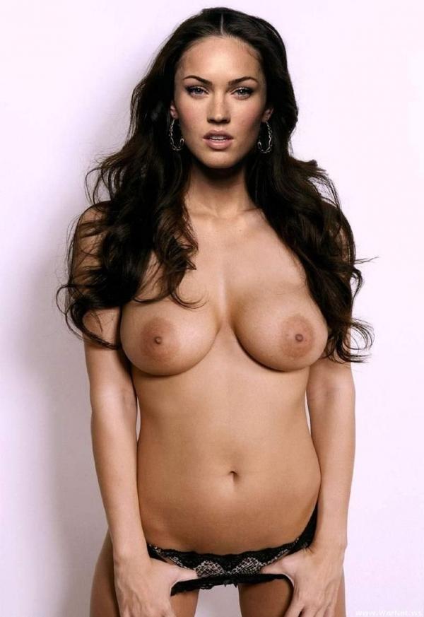 Megan Fox топлесс!!!