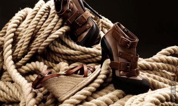 Реклама Burberry Explorers