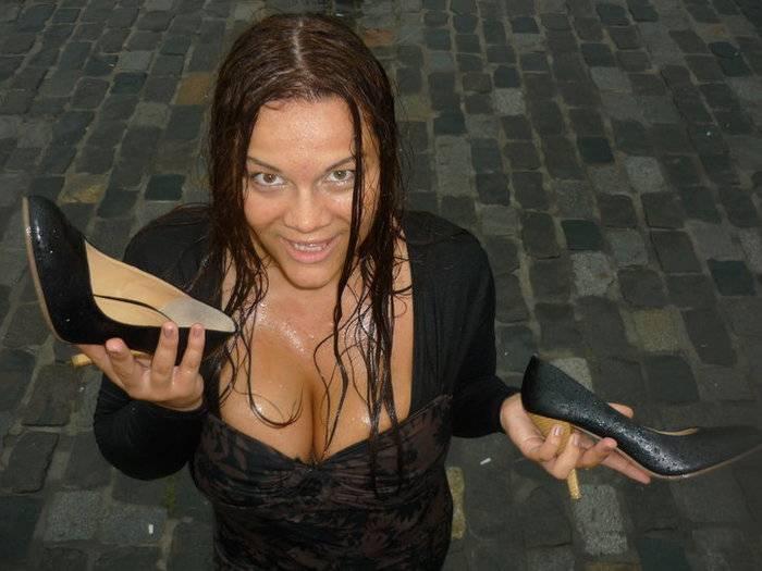 Худые женщины с большими натуральными сиськами порно 20 фотография
