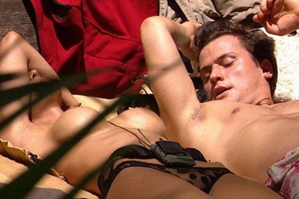 shou-golod-eroticheskie-momenti
