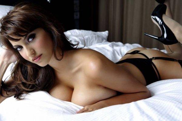 eroticheskie-foto-chuguevskih-devchat