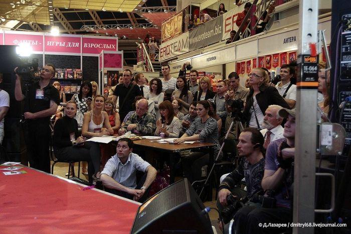 На выставке для взрослых X'show 2012 (ФОТО) .
