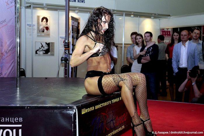 X%27show - выставка, на которой производители секс-товаров выставляют свои
