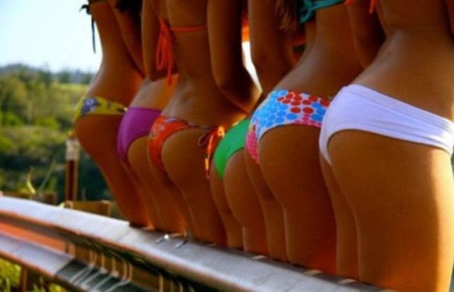 Девушки отдыхают на пляже (60 фото). лето, девушки, пляж, море, солнце