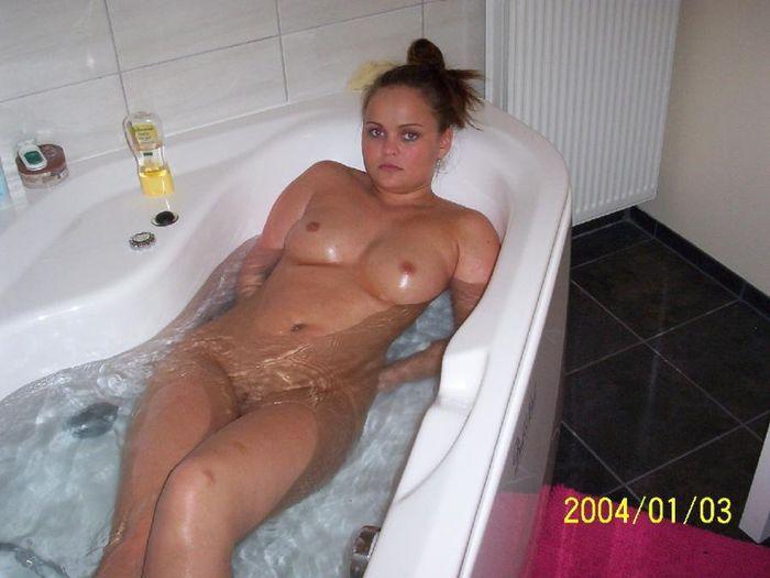 русская девушка голая дома после ванны видео онлайн порно звезда