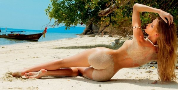 фото красивих девушек голых