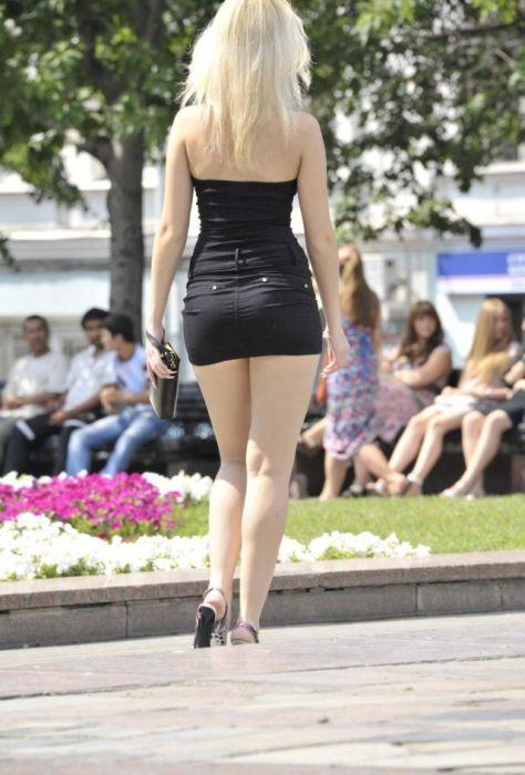 девушка короткими юбками-хв2