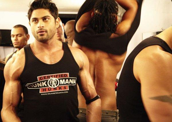 http://jo-jo.ru/uploads/posts/2012-07/thumbs/1341474441_male_strippers_28.jpg