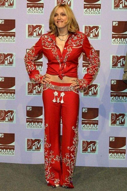 Мадонна сквозь годы