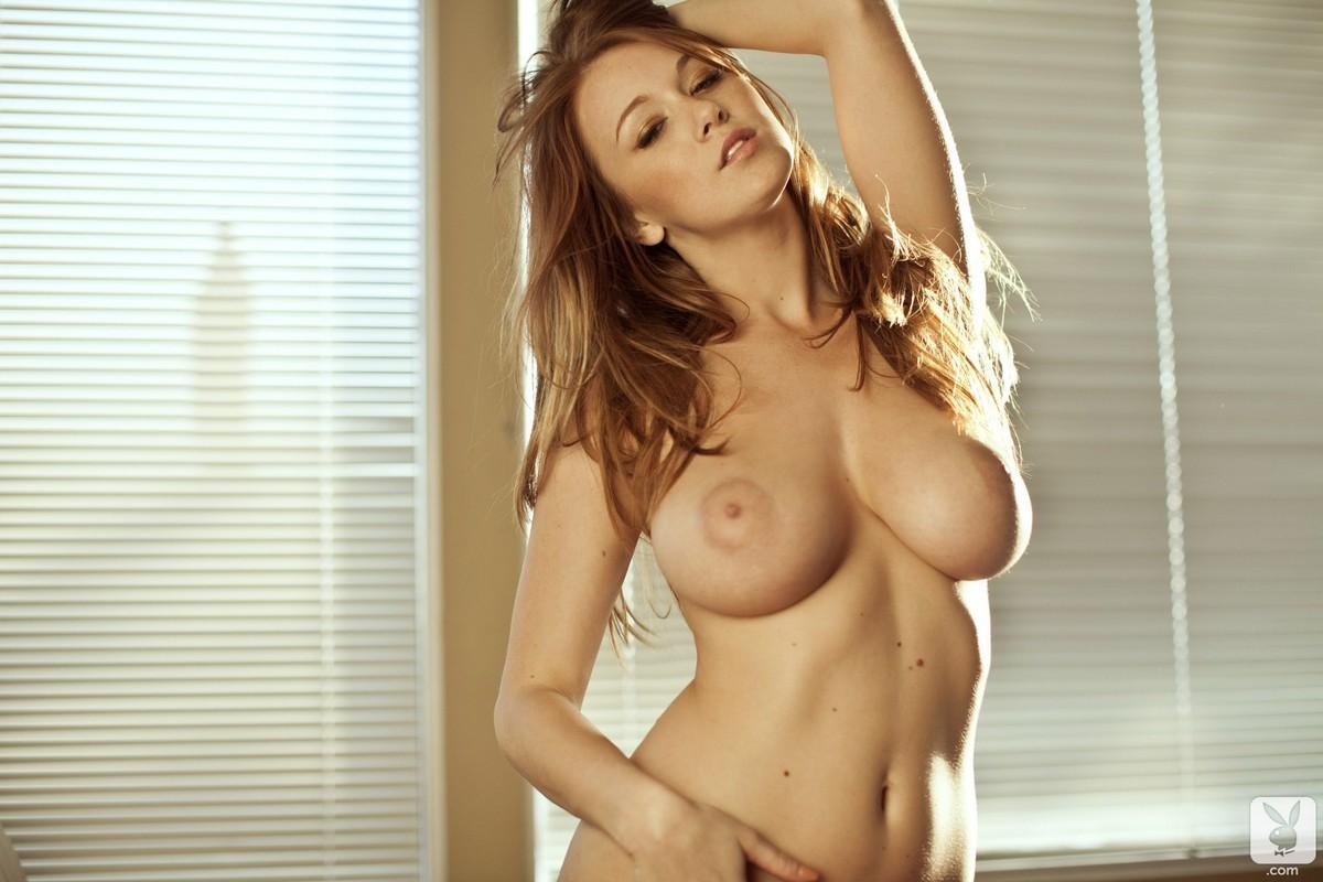 Фото грудастых голых развратных девок 20 фотография
