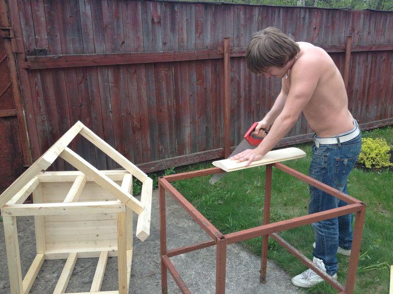 Как сделать будку для собак своими руками