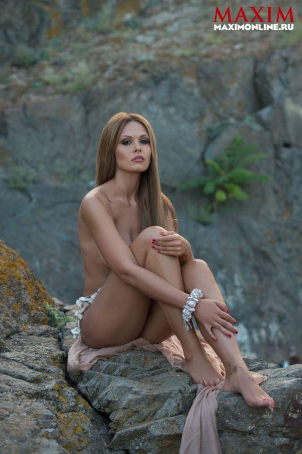 Мария Горбань разделась для журнала MAXIM