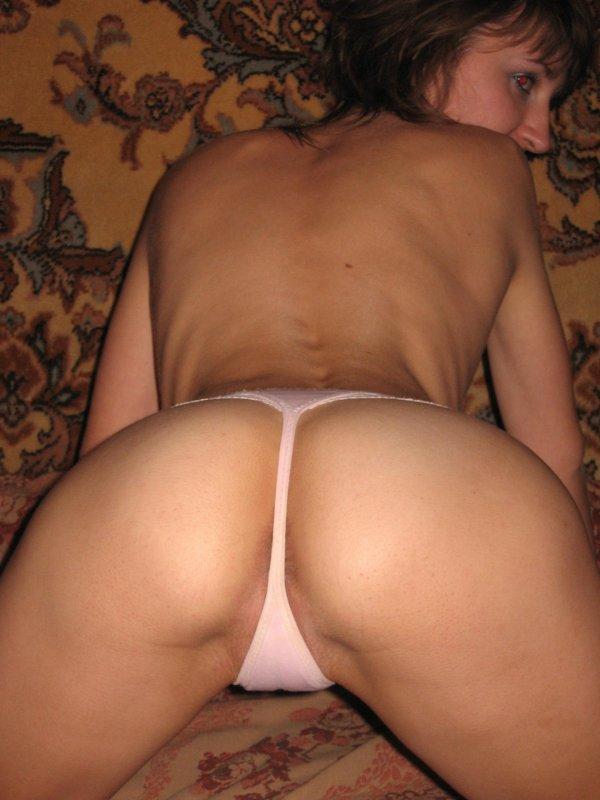частное фото русских женщин голых в стрингах фото