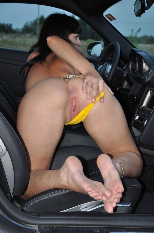 порно поцарапала машину