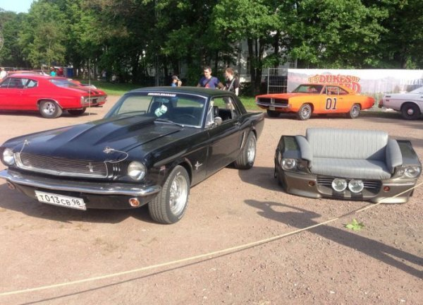 �����, ������������� �� ������� ����������� Ford Mustang Fastback