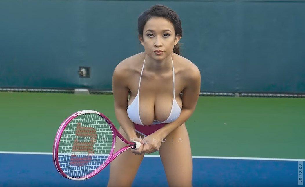 tennisistki-s-bolshimi-siskami-porno