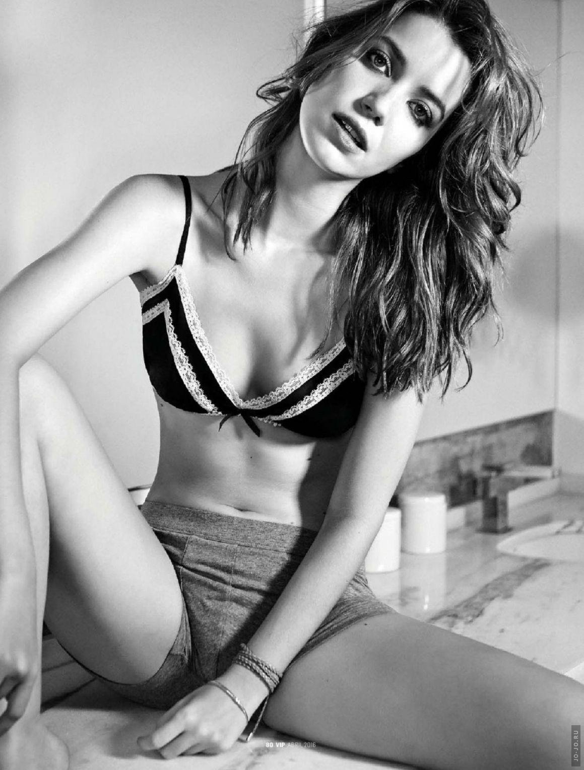 Nathalia Dill - VIP Issue 373 April 2016 Brazil