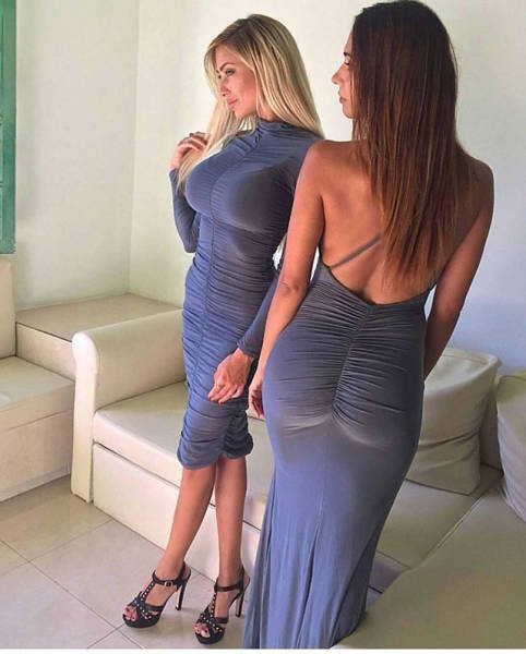 девушки в обтягивающих трусиках фото