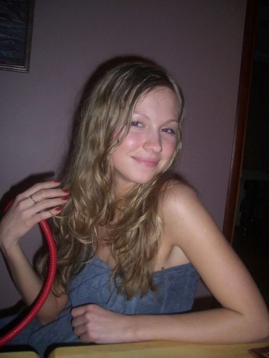 Подборка красивых девушек из социальных сетей (25 фото)