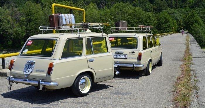 Полтора автомобиля ВАЗ-2102 (6 фото)