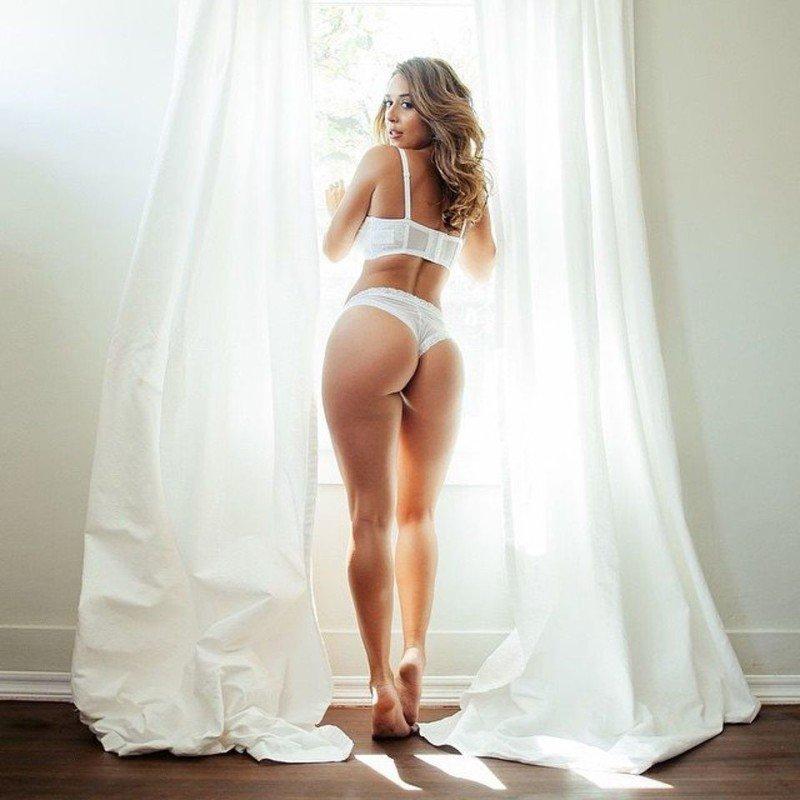 Симпатичные девушки в нижнем белье (31 фото)