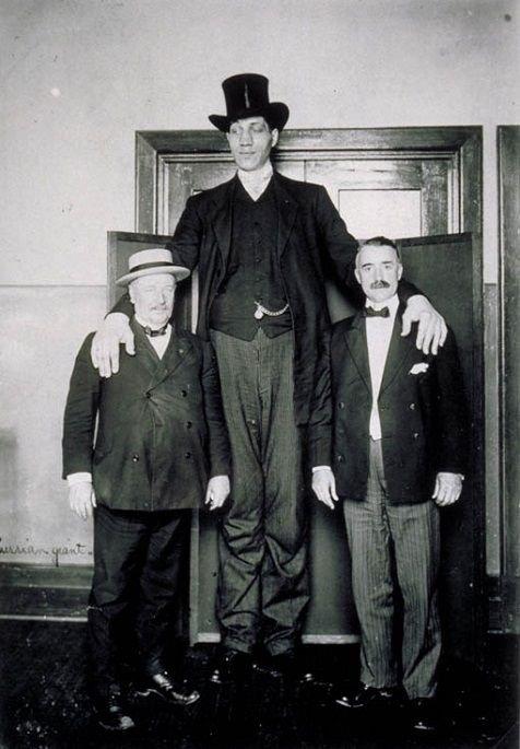 Федор Махнов - самый высокий из когда-либо живших на земле людей (7 фото)