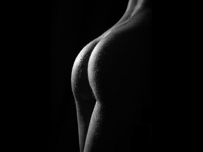 video-medprotseduri-cherno-beloe-foto-golih-zhop-eroticheskoe-bele-pmr