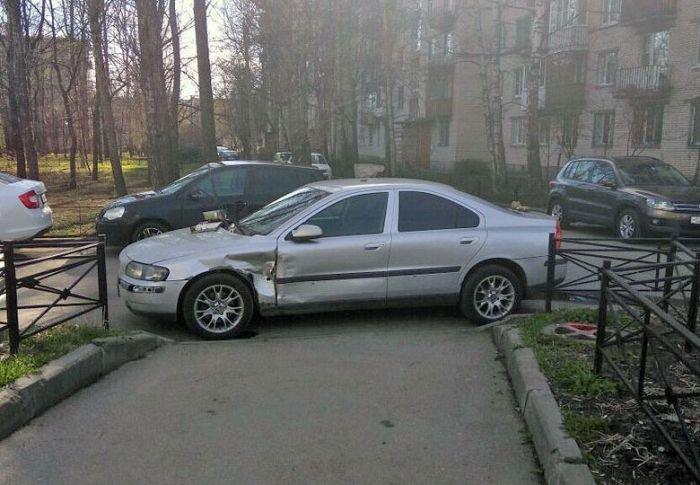 Наказание за неправильную парковку (20 фото)