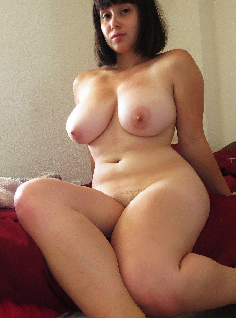 полгода нашёл любительские голые фото женщин с пышными формами общем, был очень