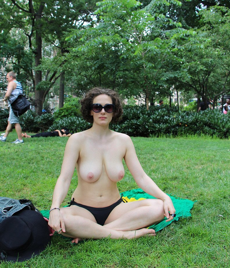 Topless outdoors pics, fucking swapping stories