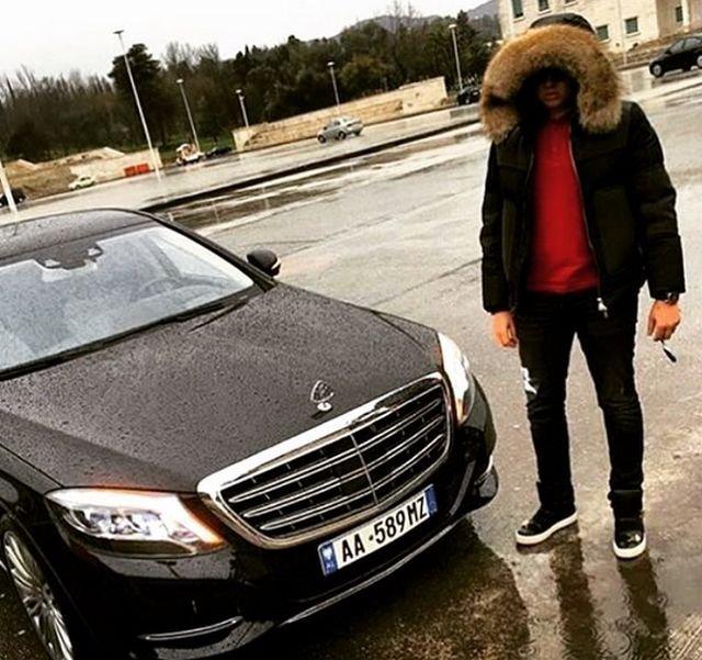 «Золотая молодежь» Албании вызвала ненависть пользователей сети (30 фото)