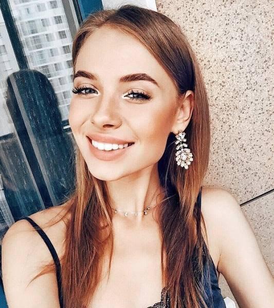 Очаровательные русские девушки (28 фото)