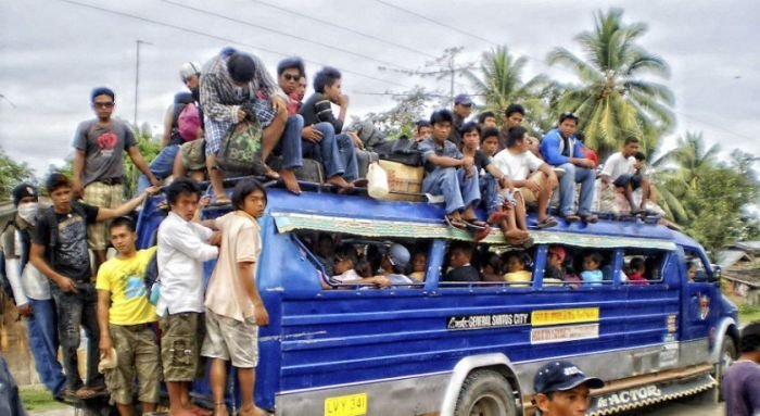Перегрузка транспорта (20 фото)