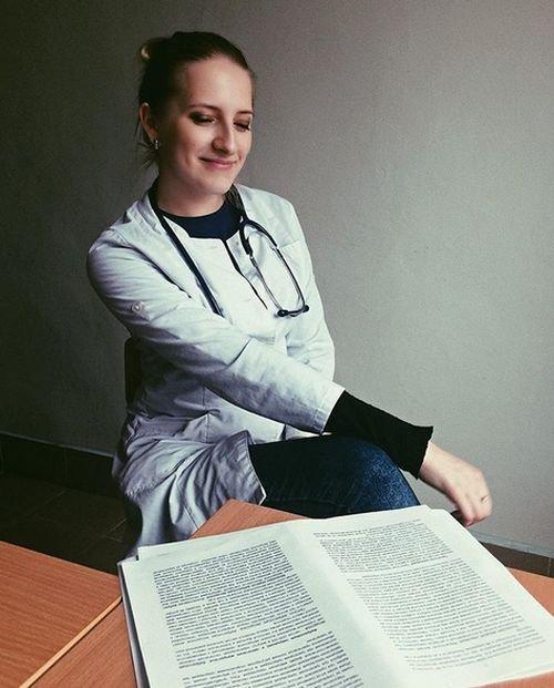 Раскованный врач из витебской поликлиники (15 фото)