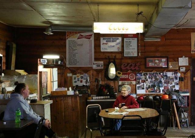 Как живет единственная жительница самого маленького города США Монови (6 фото)