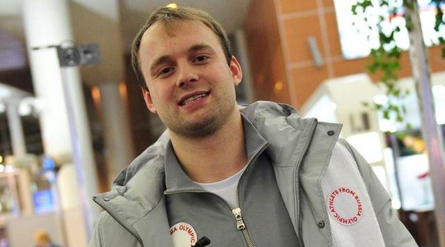 Сумка российского саночника Семена Павличенко, прибывшего в Пхенчхан (2 фото)