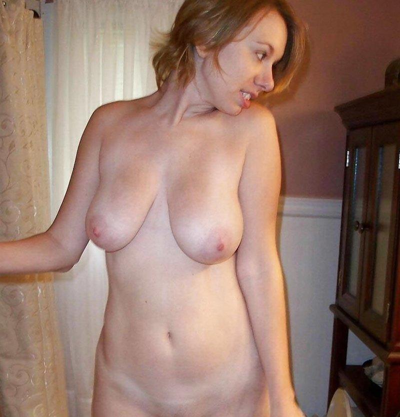 затягивать голые жены домашний просмотр фото бабушкой жили пристройке