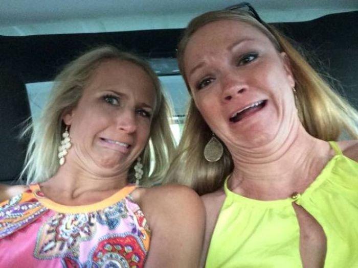 Девушки дурачатся (60 фото)
