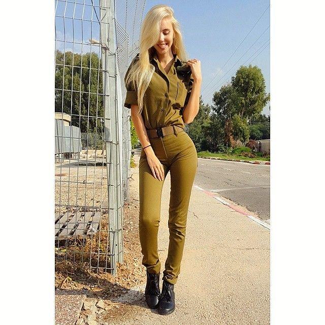 Мария Домарк – модель с военным прошлым (23 фото)