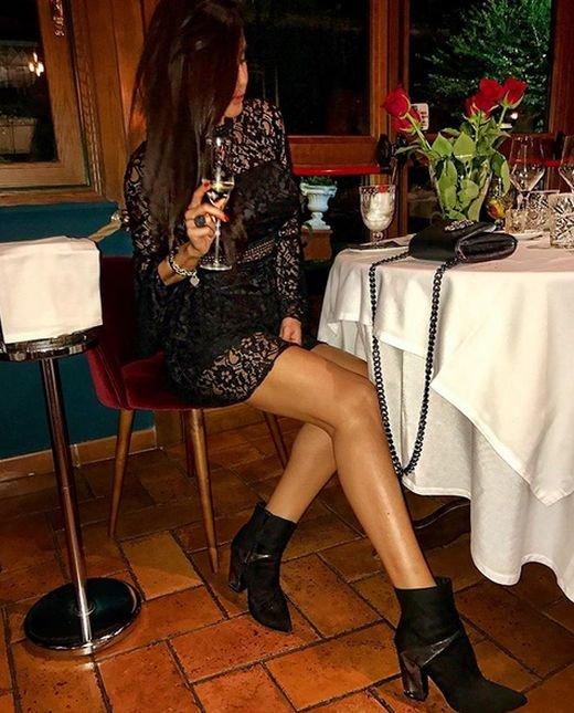 Барбара Овиена - очаровательная ведущая футбольной телепередачи на итальянском телевидении (25 фото)