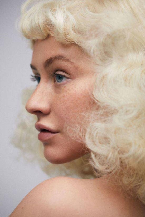 Кристина Агилера снялась без макияжа для журнала Paper magazine (6 фото)