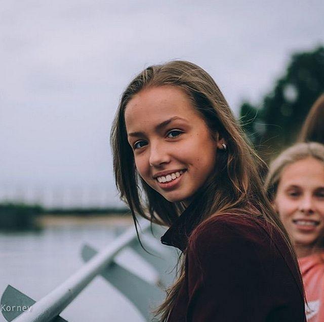 Мария Сергеева - новое громкое имя в художественной гимнастке (17 фото)