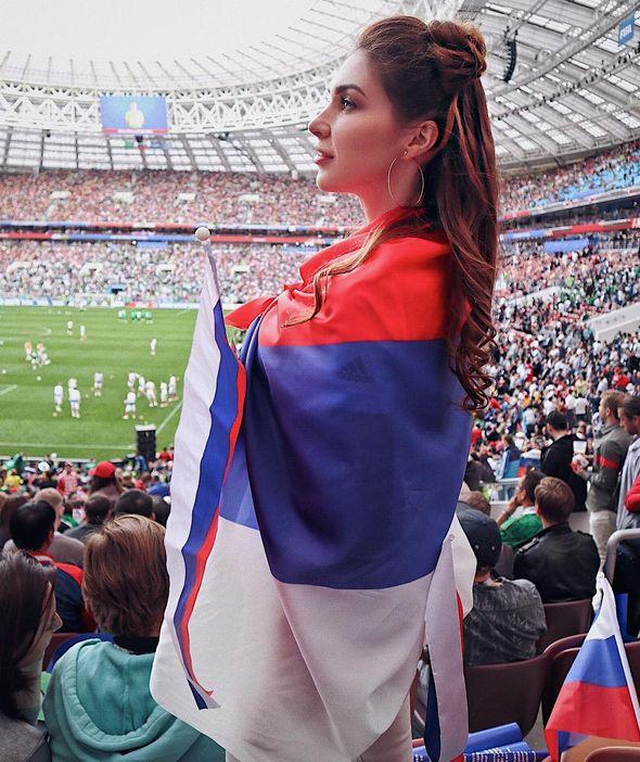 Отличия между российскими и саудовскими болельщицами на матче ЧМ-2018 (18 фото)