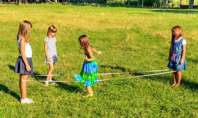 Развлечения нашего детства (34 фото)