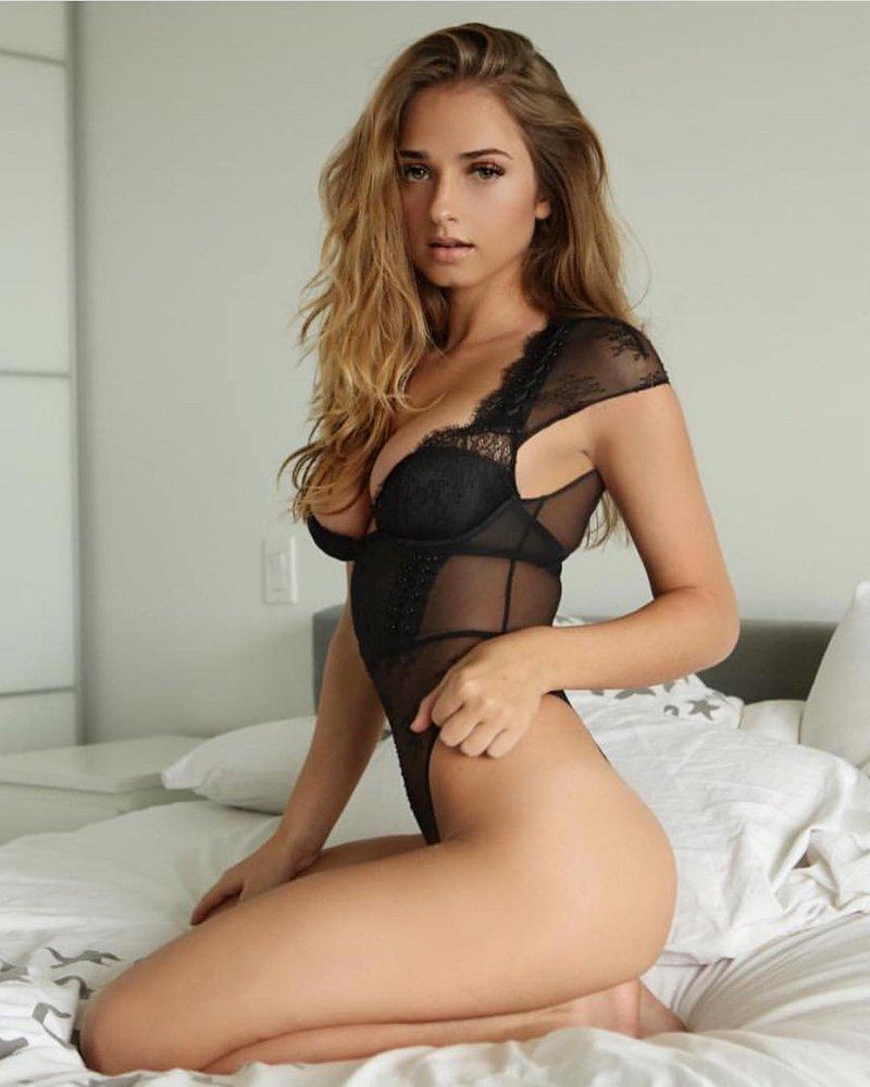 Сексуальные девушки в нижнем белье (35 фото)