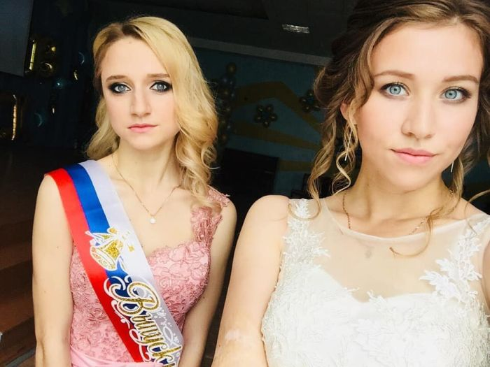 Очаровательные выпускницы 2018 года (25 фото)