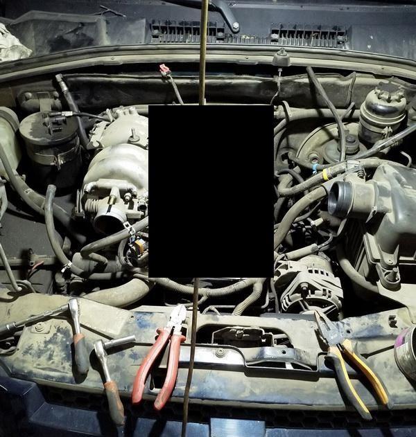 Двигатель автомобиля после трансмиссионного масла (5 фото)